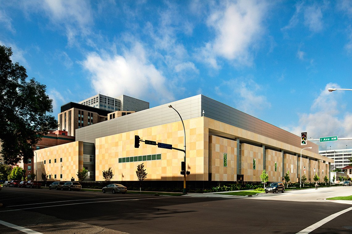Exterior photo of the Mayo Clinic Jacobson Building in Rochester Minnesota