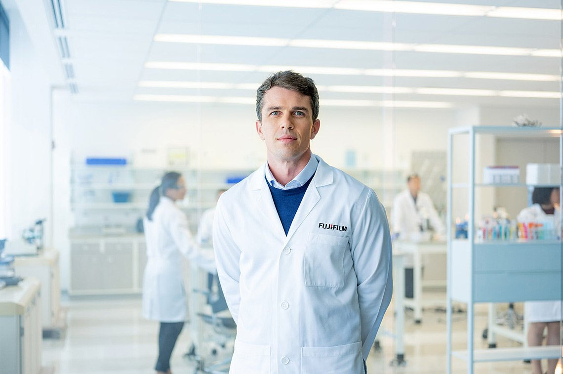 Advertising portrait of healthcare worker in a lab setting