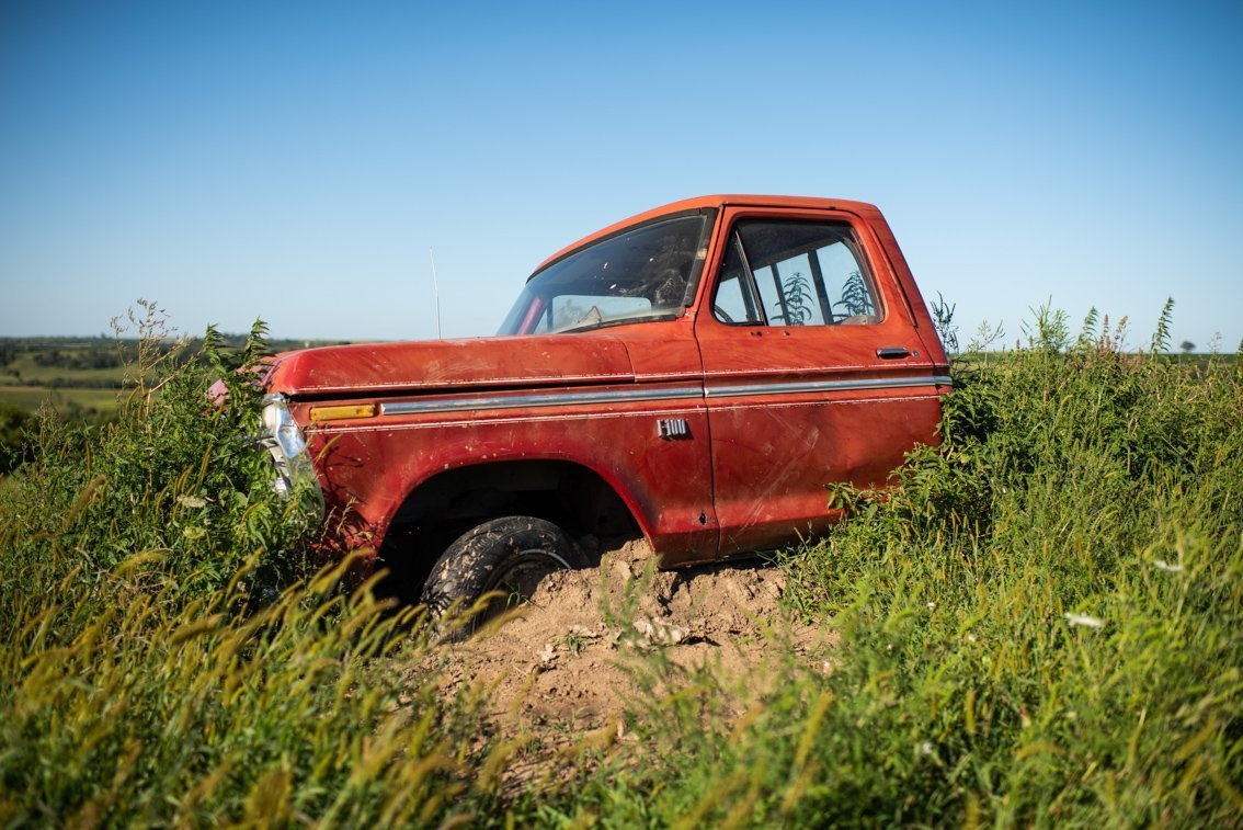 side view of vintage Ford F100