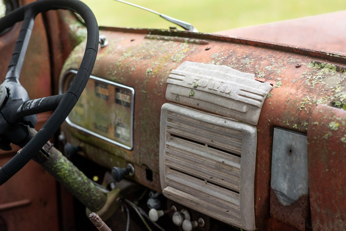 dashboard of rusted Ford F1