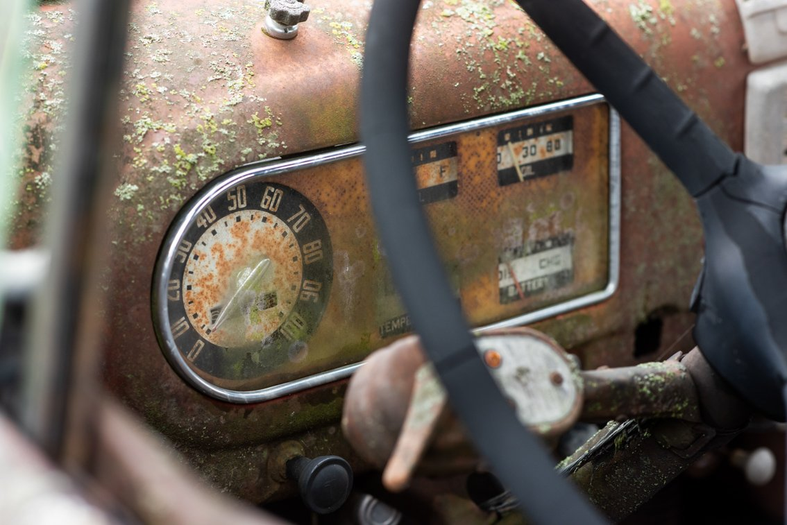 spedometer of rusted Ford F1