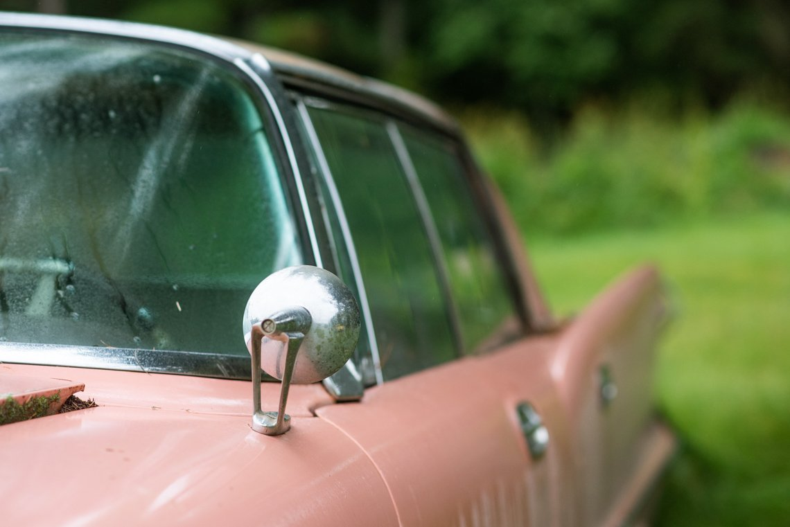 rearview mirror of Chevrolet Imperial